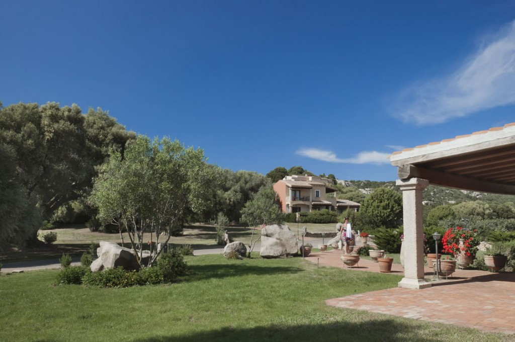 hotel-parco-degli-ulivi-arzachena-sardegnaEsterno camere