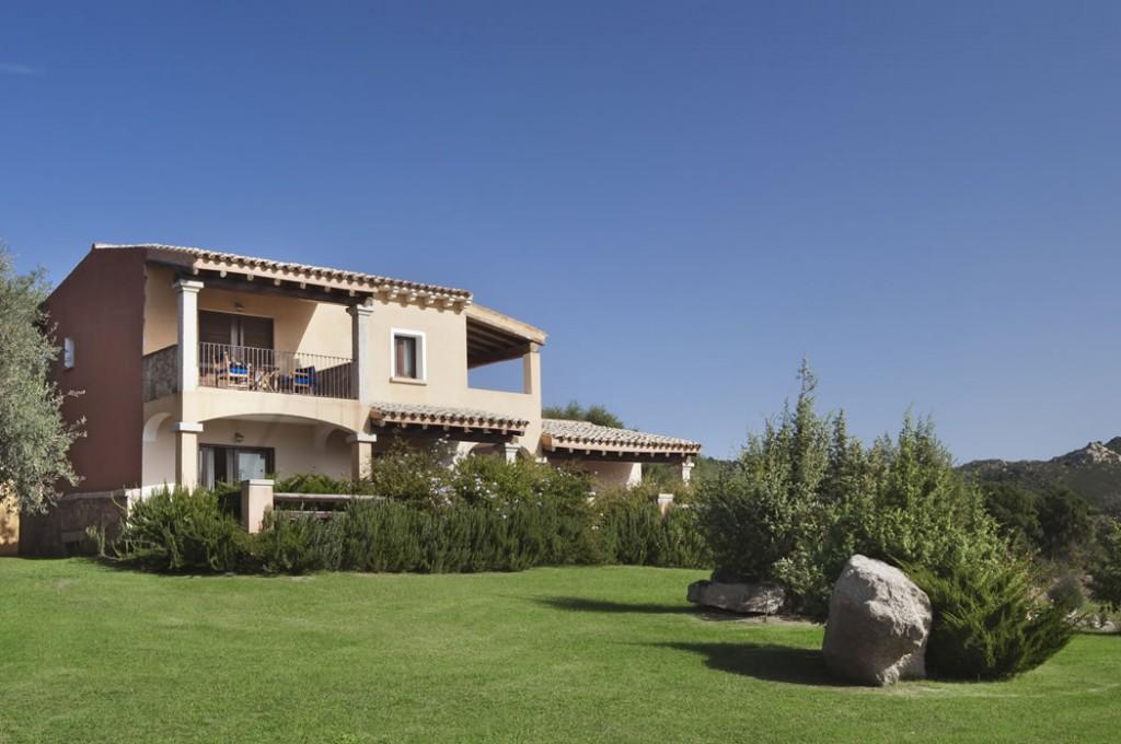 hotel-parco-degli-ulivi-arzachena-sardegnaEsterno camere (2)