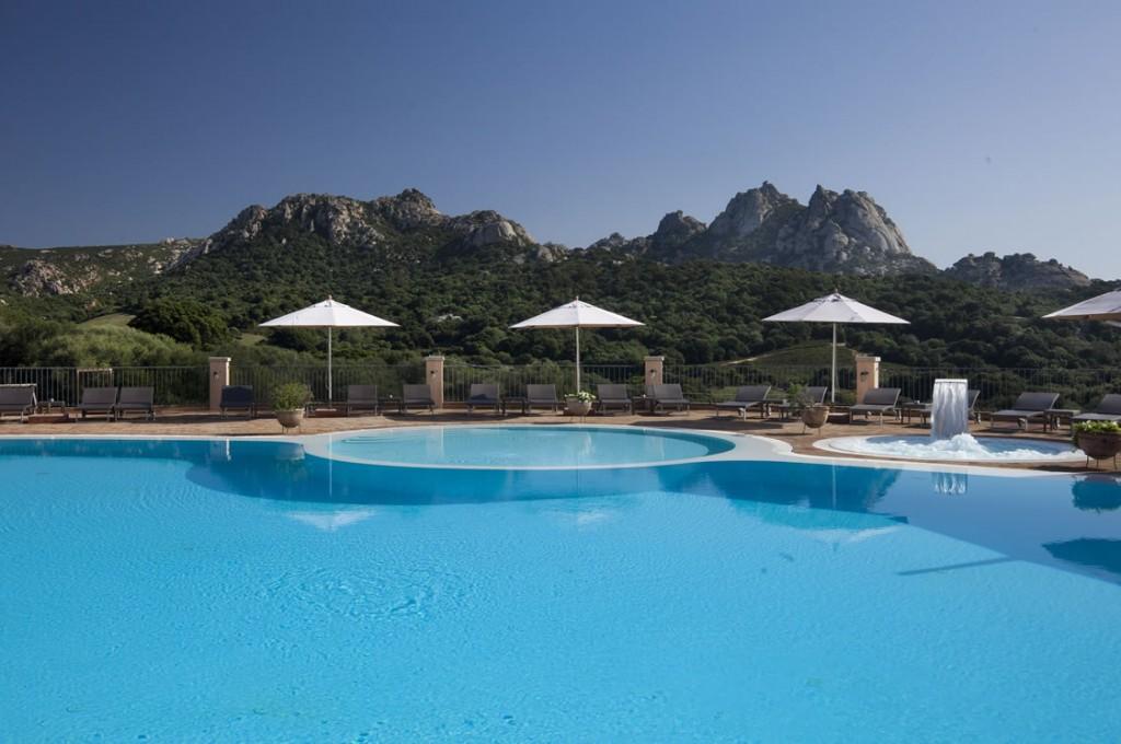 hotel-parco-degli-ulivi-arzachena-sardegnaPiscina (1)